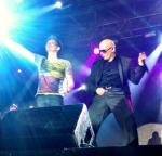 Michel Telo and Pitbull live